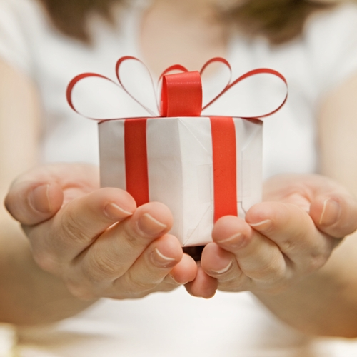 This holiday season, businesses are wary of offering shipping promises they can't deliver on.